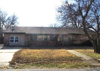 Casa en Remate en Walters 73572 W OHIO ST - Identificador: 4441394151