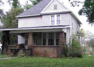 Casa en Remate en Clinton 47842 WALNUT ST - Identificador: 4447974279