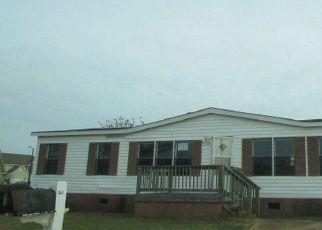 Casa en Remate en Byron 31008 WAVERLY LN - Identificador: 4453982859