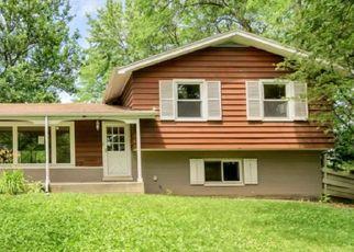 Casa en Remate en Glen Ellyn 60137 HACKBERRY DR - Identificador: 4454149272