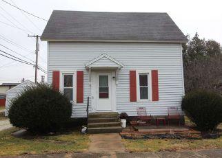 Casa en Remate en Fowler 47944 E 3RD ST - Identificador: 4454246508