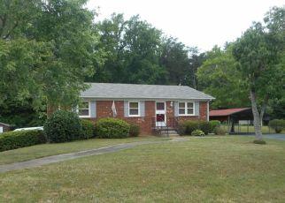 Casa en Remate en Kernersville 27284 WHITEHORN RD - Identificador: 4454629744