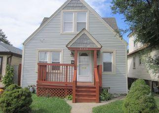 Casa en Remate en Stone Park 60165 N 33RD AVE - Identificador: 4454686228