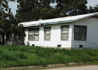 Casa en Remate en Pleasanton 78064 TANDY LN - Identificador: 4456238863