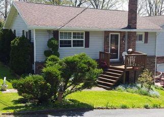 Casa en Remate en Friedens 15541 CAUSEWAY DR - Identificador: 4459593290