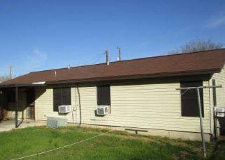Casa en Remate en San Antonio 78237 BUENA VISTA ST - Identificador: 4460441657