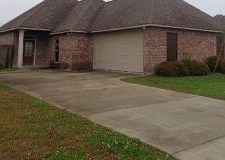 Casa en Remate en Walker 70785 LAKE SPRING DR - Identificador: 4461260665
