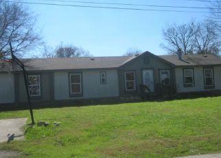 Casa en Remate en Lockhart 78644 PEAR ST - Identificador: 4461438929
