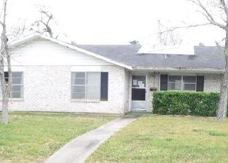 Casa en Remate en Cuero 77954 W CLEVELAND ST - Identificador: 4463758425
