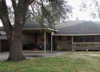 Casa en Remate en Groves 77619 HICKORY AVE - Identificador: 4465105643