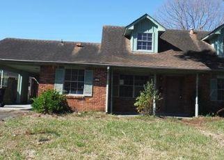 Casa en Remate en New Orleans 70114 MEDIAMOLLE DR - Identificador: 4465331633