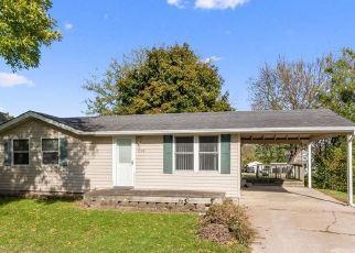 Casa en Remate en Center Point 52213 SUMMIT ST - Identificador: 4467548654