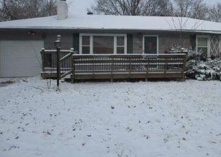 Casa en Remate en Kansas City 64138 E 85TH TER - Identificador: 4474829538