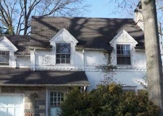 Casa en Remate en Roselle Park 07204 RHODA TER - Identificador: 4478384573
