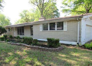 Casa en Remate en Saint Louis 63138 CROSSETT DR - Identificador: 4481245419