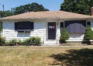 Casa en Remate en Mastic 11950 FLORADORA DR - Identificador: 4484568772