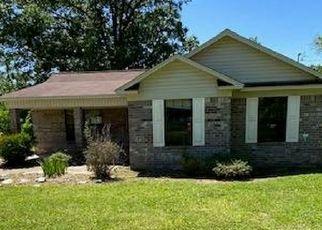 Casa en Remate en Winona 38967 ALICE LN - Identificador: 4486996900