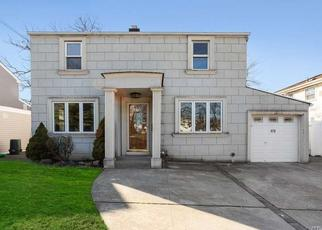 Casa en Remate en Hewlett 11557 HARRIS AVE - Identificador: 4487902178