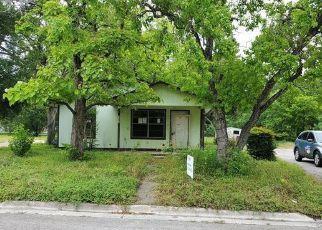 Casa en Remate en Lockhart 78644 N PECOS ST - Identificador: 4488065101