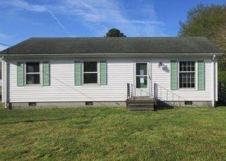 Casa en Remate en Urbanna 23175 HOWARD ST - Identificador: 4490179205