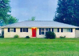 Casa en Remate en Winnie 77665 HAMSHIRE RD - Identificador: 4490200228