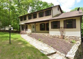 Casa en Remate en New Fairfield 06812 WINDWARD DR - Identificador: 4490814265