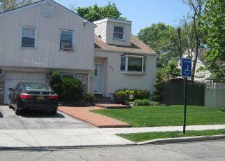 Casa en Remate en Cedarhurst 11516 BAYVIEW AVE - Identificador: 4491073554
