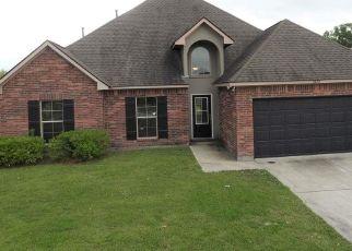 Casa en Remate en Zachary 70791 OAKS EDGE DR - Identificador: 4494413994