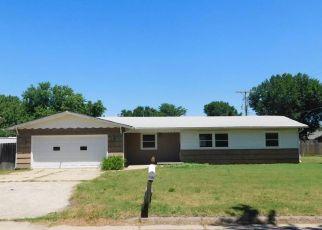 Casa en Remate en Hutchinson 67501 E 16TH AVE - Identificador: 4494567714