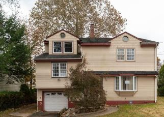 Casa en Remate en Teaneck 07666 STUYVESANT RD - Identificador: 4498071501