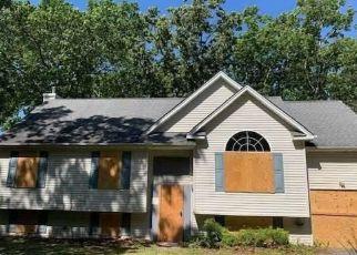 Casa en Remate en Mastic 11950 MONROE ST - Identificador: 4499224694