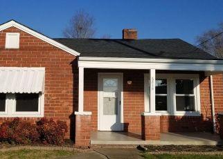 Casa en Remate en Kingsport 37664 E CENTER ST - Identificador: 4500073930