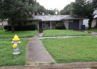 Casa en Remate en Beeville 78102 E FANNIN ST - Identificador: 4500456720