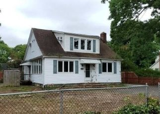 Casa en Remate en Saint James 11780 WOODLAWN AVE - Identificador: 4502991257