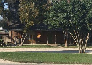 Casa en Remate en New Braunfels 78132 FM 482 - Identificador: 4503009218