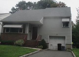 Casa en Remate en Clifton 07014 FENLON BLVD - Identificador: 4504348551