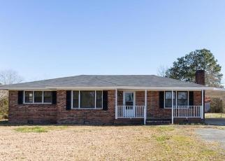 Casa en Remate en Willard 28478 US HWY 421 - Identificador: 4505860433