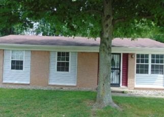 Casa en Remate en Louisville 40229 CLOSTERWOOD DR - Identificador: 4507093326