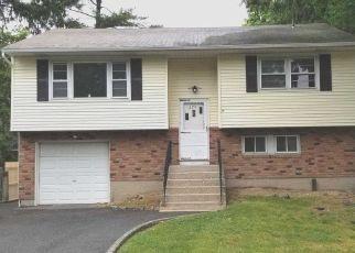 Casa en Remate en Huntington Station 11746 MAPLEWOOD RD - Identificador: 4507245749