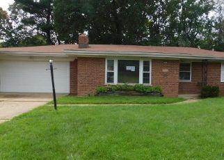 Casa en Remate en Saint Louis 63121 CONTOUR DR - Identificador: 4507273779