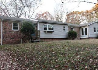Casa en Remate en Greensboro 27410 SHORELINE DR - Identificador: 4507740210