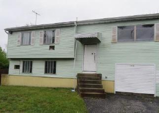 Casa en Remate en Brentwood 11717 ISLIP AVE - Identificador: 4508249580