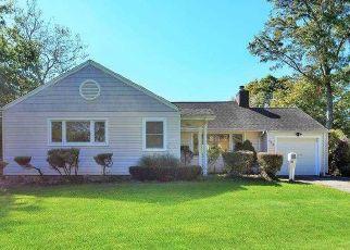 Casa en Remate en Roslyn Heights 11577 OVERLOOK TER - Identificador: 4510190234