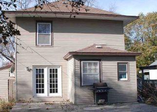 Casa en Remate en Oelwein 50662 6TH AVE SE - Identificador: 4513433891