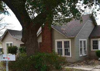 Casa en Remate en Longview 75602 ELECTRA ST - Identificador: 4514858611