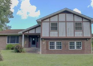 Casa en Remate en Russell 41169 HILLVIEW DR - Identificador: 4515719672