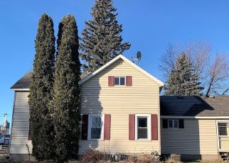 Casa en Remate en Revillo 57259 W 4TH ST - Identificador: 4517032265
