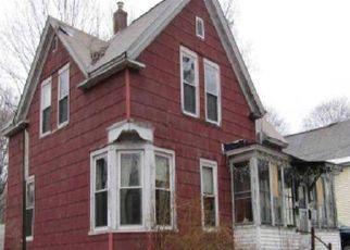 Casa en Remate en Mechanic Falls 04256 YATES ST - Identificador: 4518089997