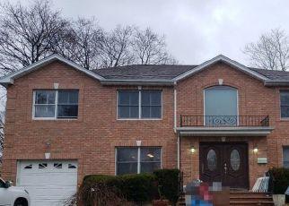 Casa en Remate en Albertson 11507 WHEATLEY AVE - Identificador: 4518318607