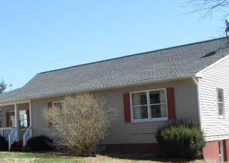 Casa en Remate en Howardsville 24562 FISH POND RD - Identificador: 4518592335